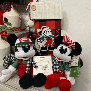 Disney 2019 Mickey & Minnie Mouse Holiday Gift Set